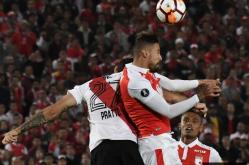 Independiente Santa Fe vs. River 3
