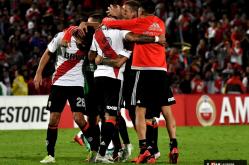 Independiente Santa Fe vs. River 20