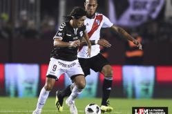 River vs. Platense 23