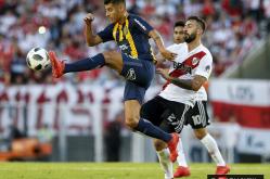 River vs. Rosario Central 12