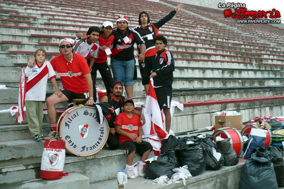 River vs Independiente (Beneficio - Salta 2009) 16