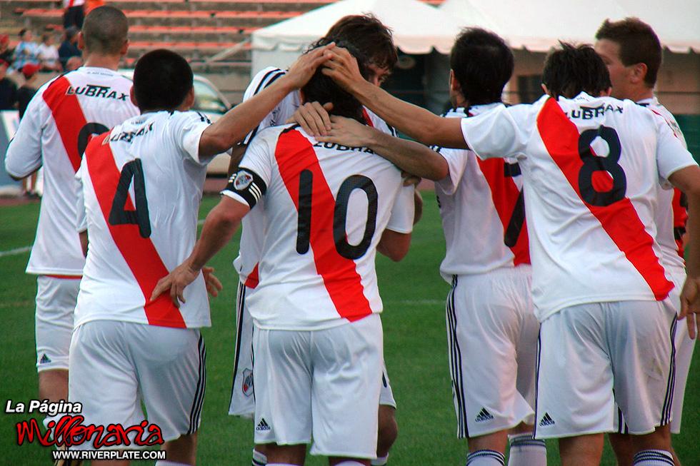 Everton vs River Plate 7