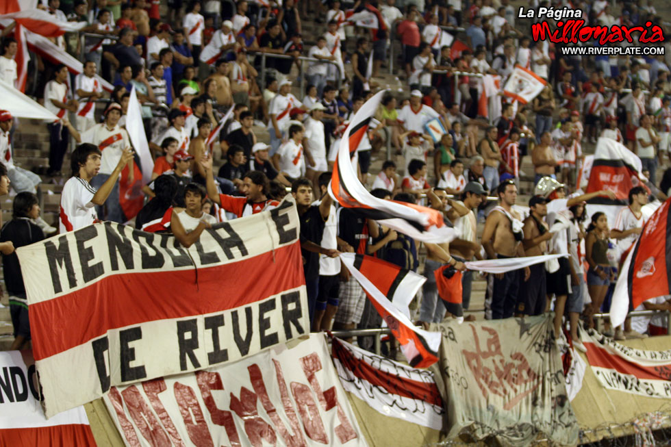 River Plate vs Independiente (Mendoza 2009)
