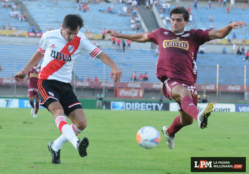River vs. Universitario (Montevideo - Enero 2015) 8
