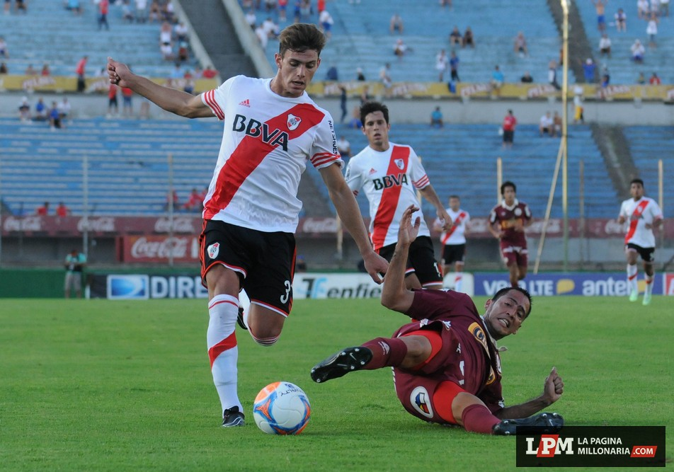 River vs. Universitario (Montevideo - Enero 2015) 9