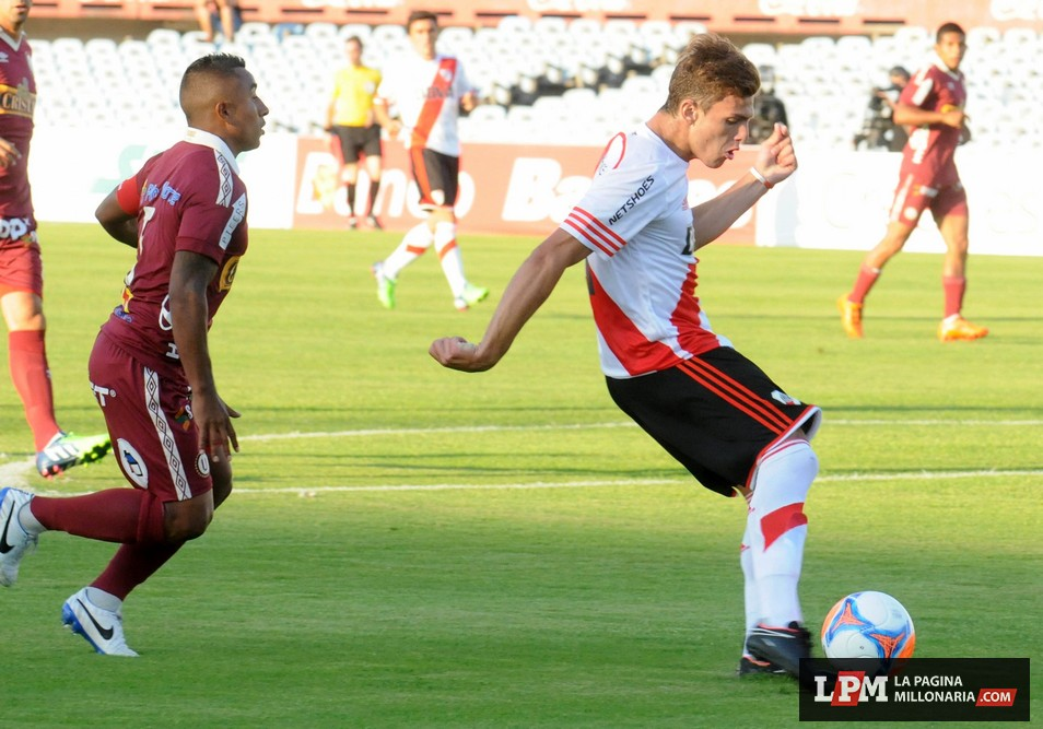 River vs. Universitario (Montevideo - Enero 2015) 11