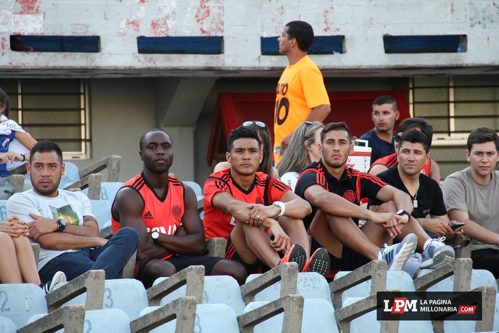 River vs. Universitario (Montevideo - Enero 2015) 30