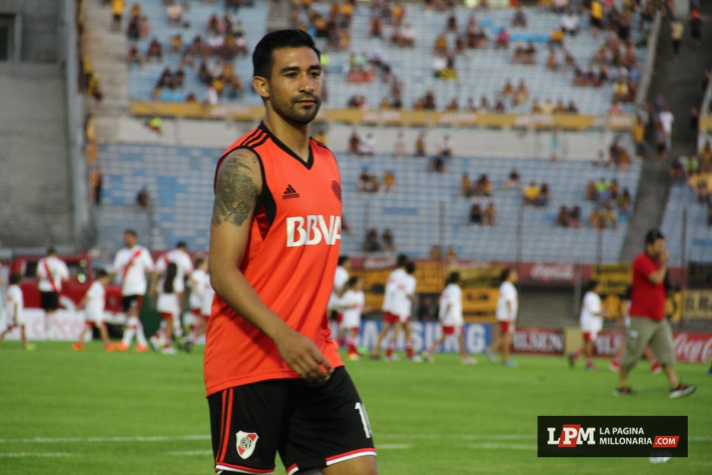River vs. Universitario (Montevideo - Enero 2015) 39