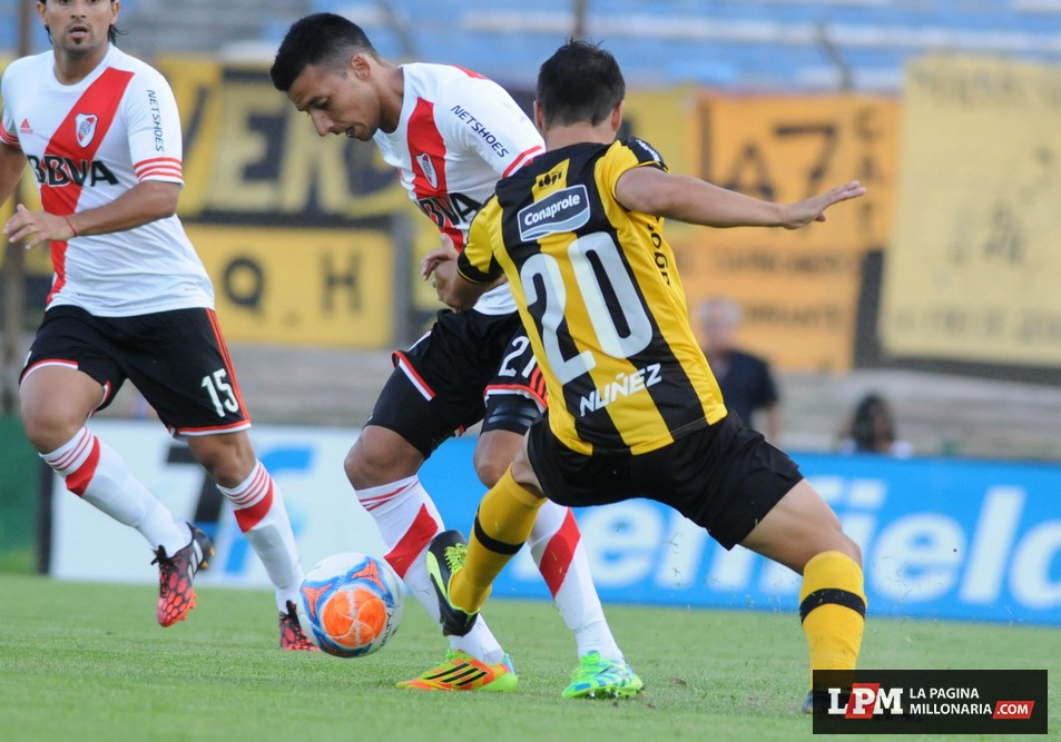 River vs Peñarol (Montevideo - Enero 2015)