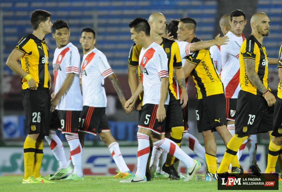 River vs Peñarol (Montevideo - Enero 2015) 15