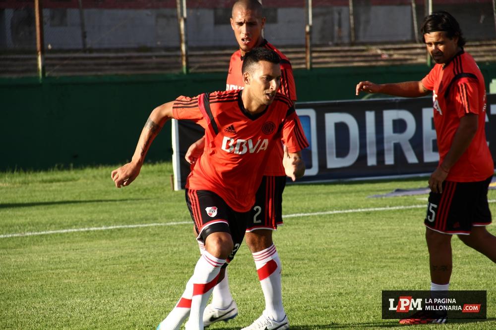 River vs Peñarol (Montevideo - Enero 2015) 38