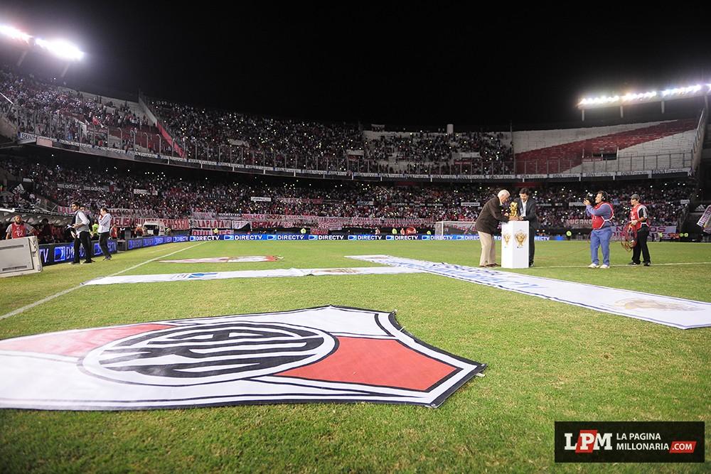 River vs Sevilla (Supercopa Euroamericana - Marzo 2015) 5