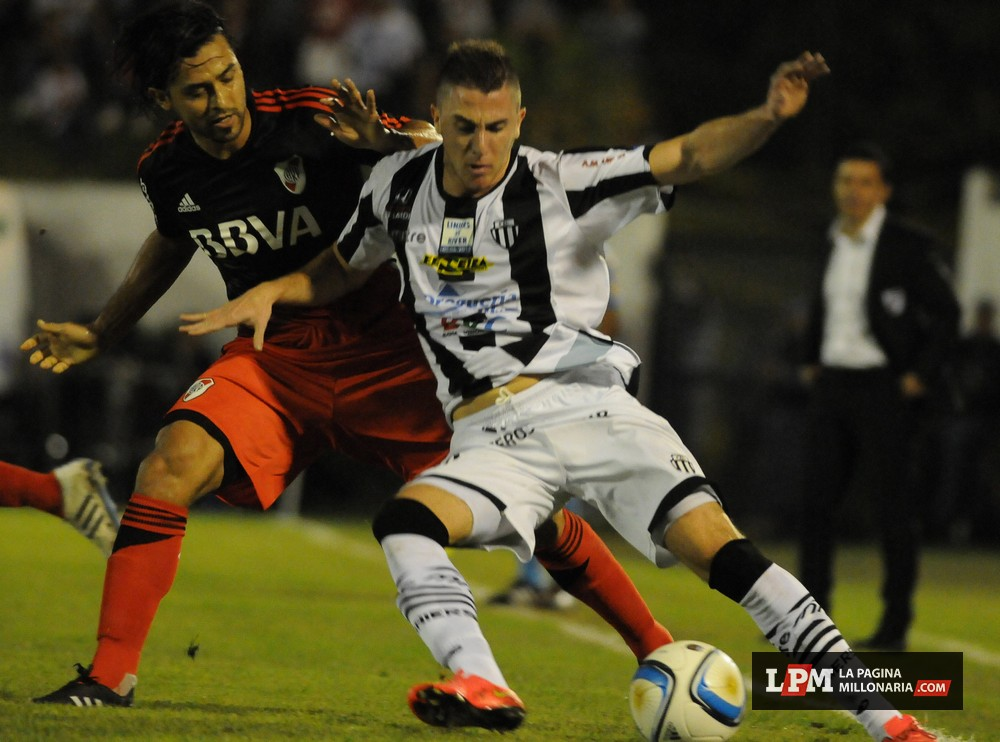 "File property ""Title"" on ""copa-argentina-2014-2015/river-vs ..."