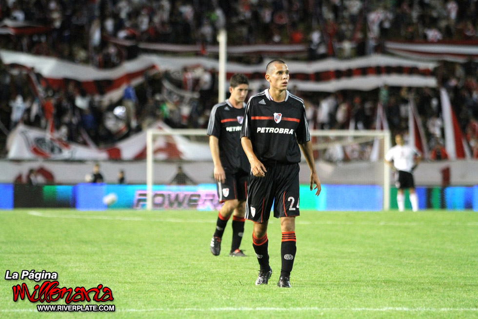 River Plate vs Racing (Mar del Plata 2011) 11
