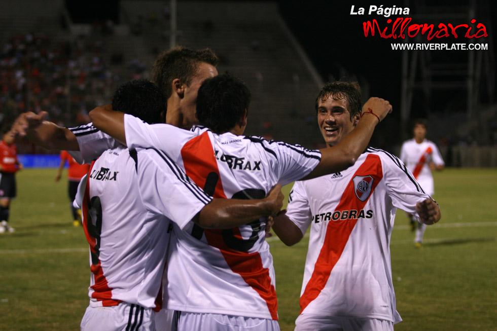 River vs Independiente (Salta, Triangular 2010) 10