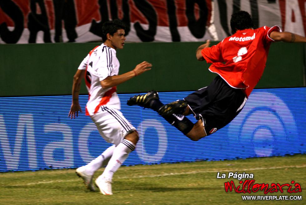 River vs Independiente (Salta, Triangular 2010) 13