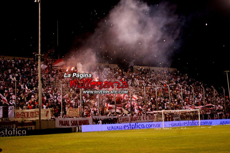 River vs Independiente (Salta, Triangular 2010) 19