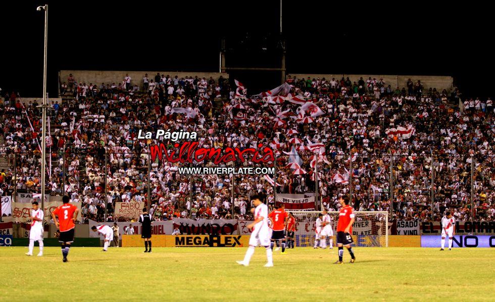 River vs Independiente (Salta, Triangular 2010) 27
