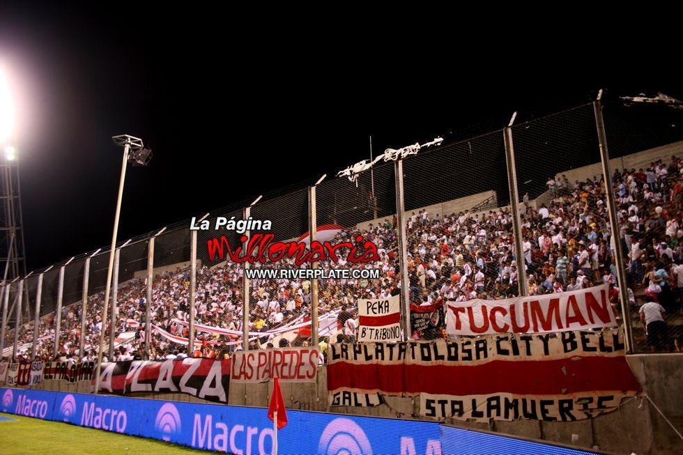 River vs Independiente (Salta, Triangular 2010) 30