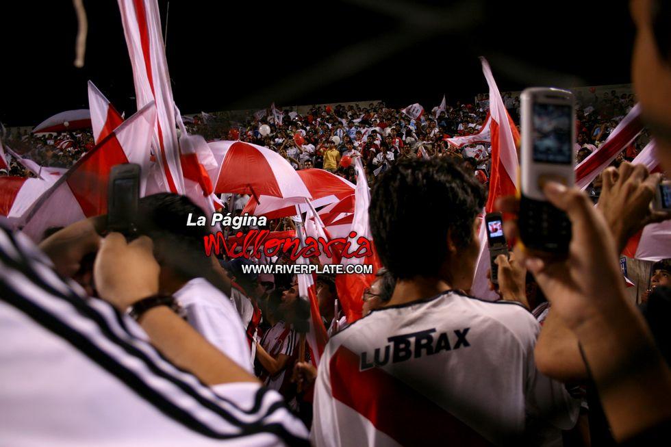 River vs Independiente (Salta, Triangular 2010) 31