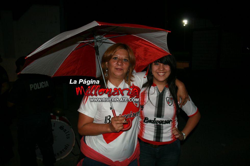 River vs Independiente (Salta, Triangular 2010) 36