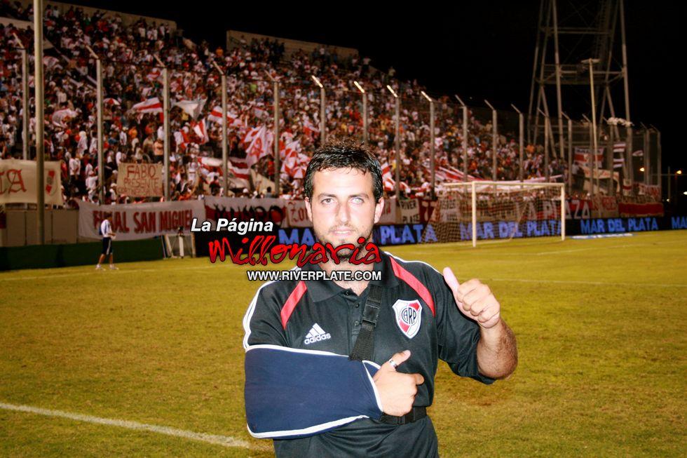 River vs Independiente (Salta, Triangular 2010) 37
