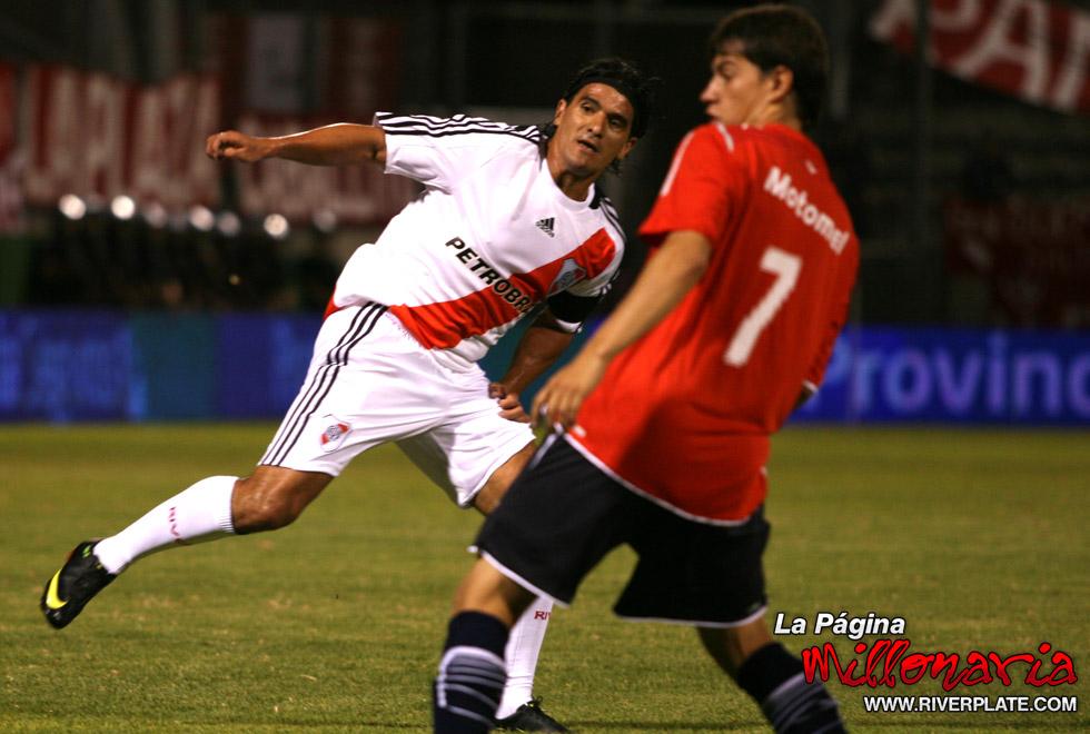 River vs Independiente (Salta, Triangular 2010) 8