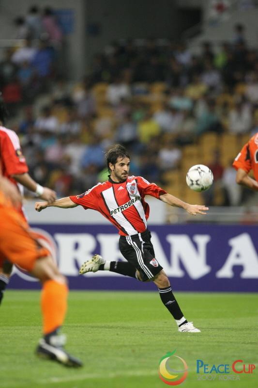 Korea Peace Cup - River Plate vs Shimizu S-Pulse 9